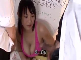 [中字]我被卡在墙壁上啦