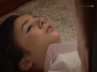 落入圈套的美女密探吉川爱美