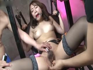 Nikubenki Ikuseijyo Kankin Nagusami Benki - Scen