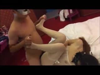 性感小骚猫穿着情趣连体白丝袜挑逗